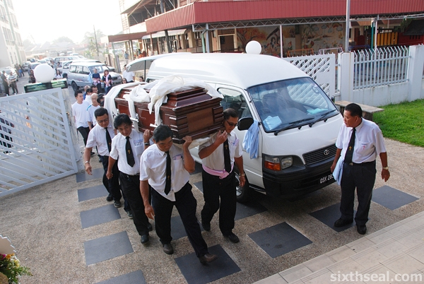 moving coffin