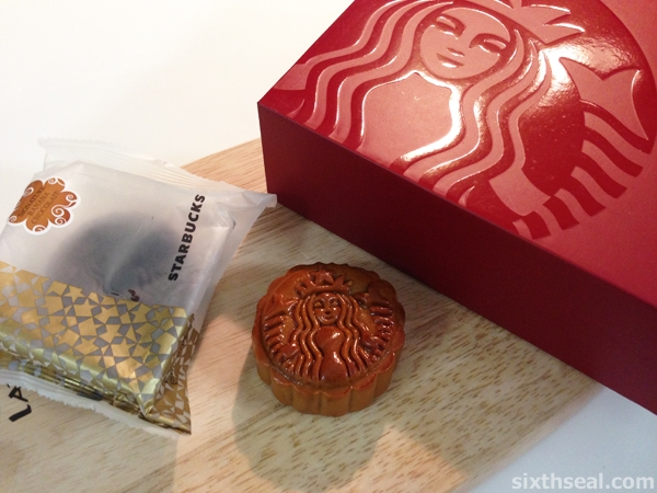 Starbucks Signature Banana Chocolate Mooncake