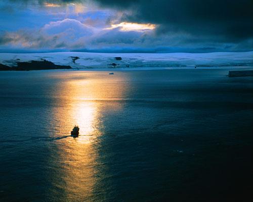 antarctica dusk