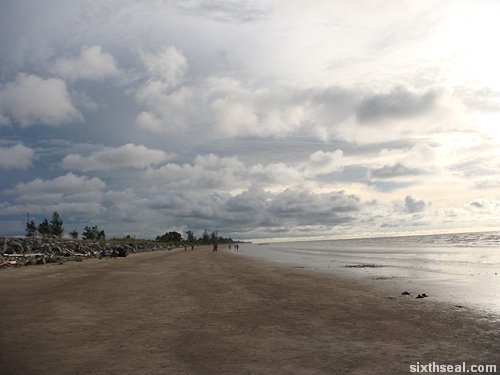 mukah beach