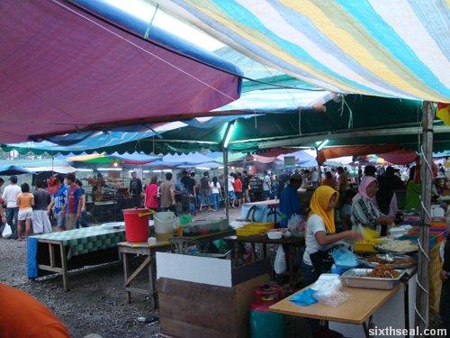 pasar ramadan stalls