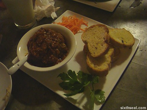 payung beef ball bread