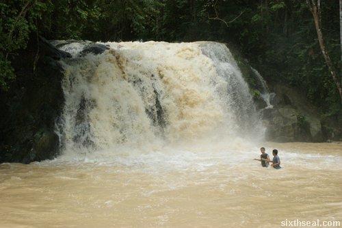 serendah waterfall